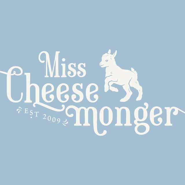 My new #logo says #hello! I love it! Thank you @yulingdesigns for working with me! #goats #ilovegoats #foodblog #foodblogger