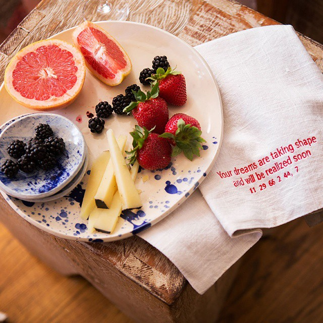 Another #gorgeous #photo from #gettingtoknowyou with @pleinheirbyshannonkaye @maddalenna and @yonderlindafahey! #fioresardo, #freshfruit, #handmade #ceramics, and a #beautiful #home. More on misscheesemonger.com! #foodblogger #inspiration #cheeseplate #cheeseplatter
