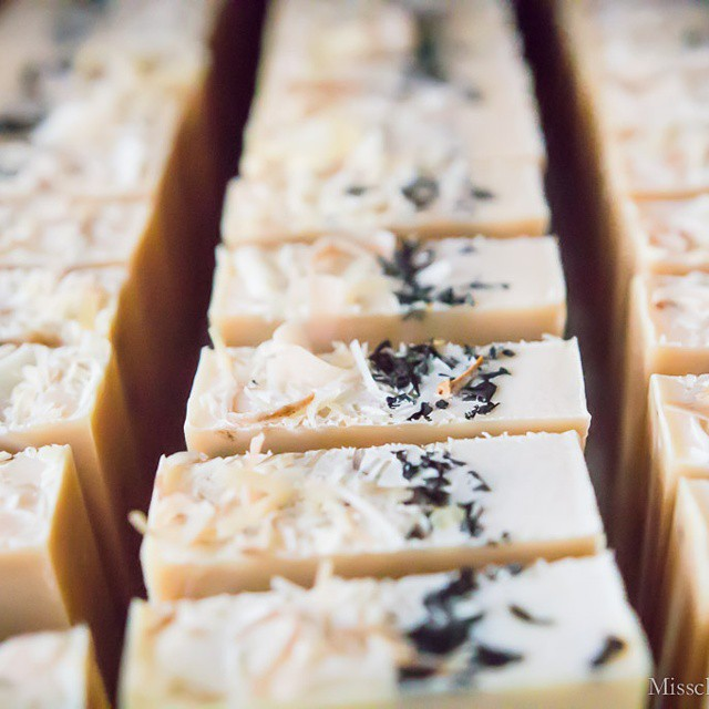 Some #earlgrey #soap by #soapmaven @ettaandbillie. More on today's blog post. Link in profile! #handmade #handmadeliving #artisan #sf #playwithyourfood #photography #photosession #sopretty