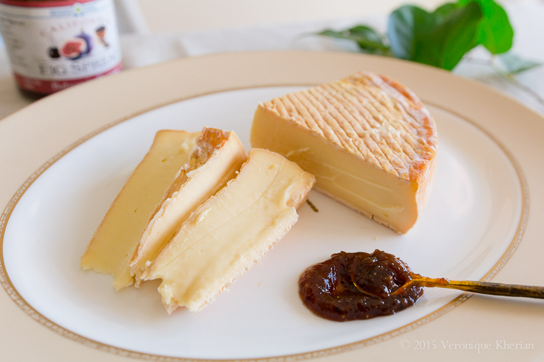 Vulto Creamery's Ouleout with Valley Fig Growers' Balsamic Pepper Fig Spread.