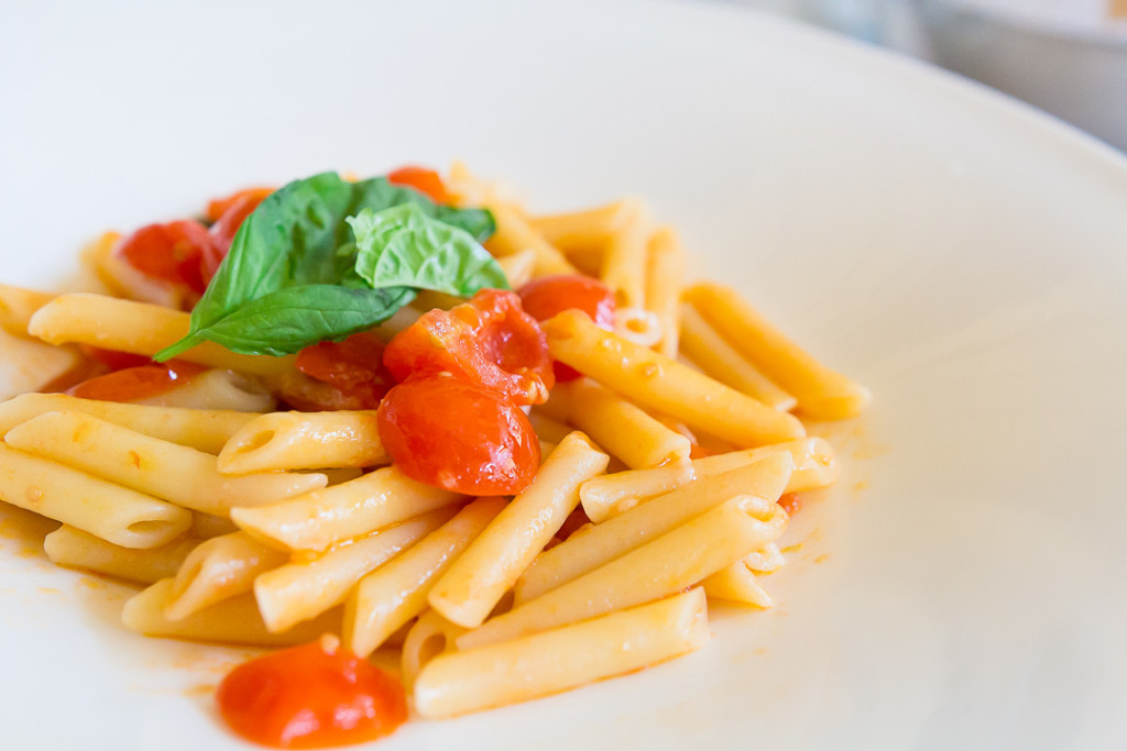 Penne with tomatoes.