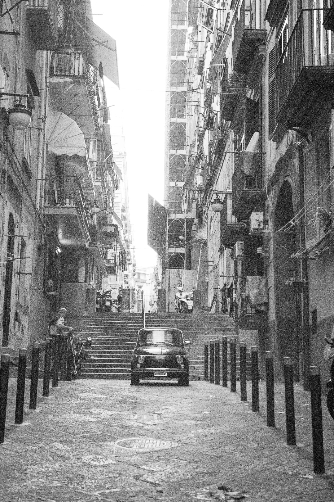 street photography Blogger. Napoli.