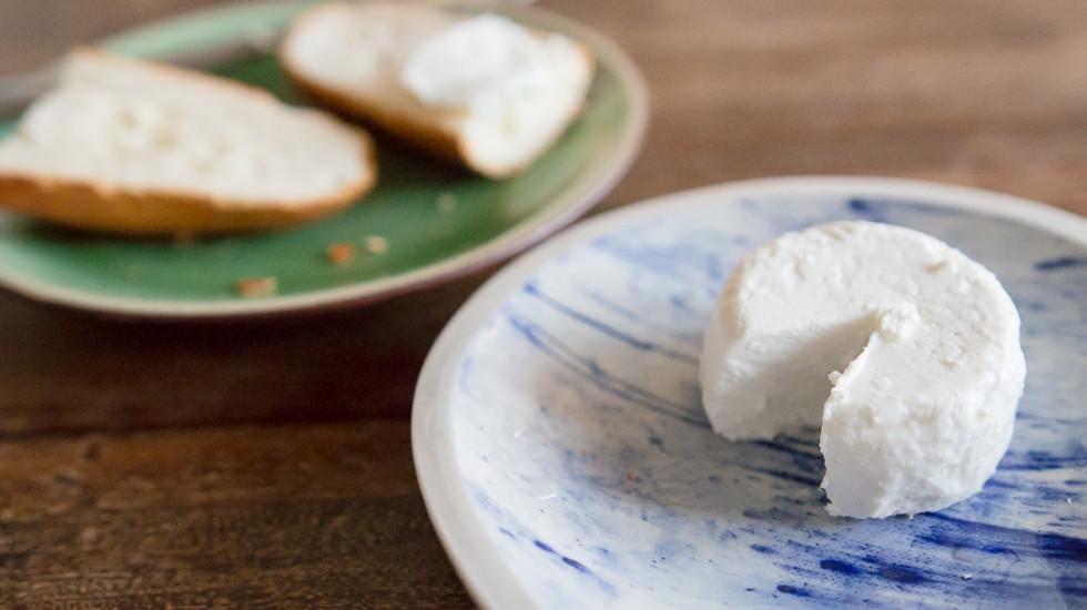 Homemade Fresh Chèvre From Kitchen Creamery. Misscheesemonger.com.