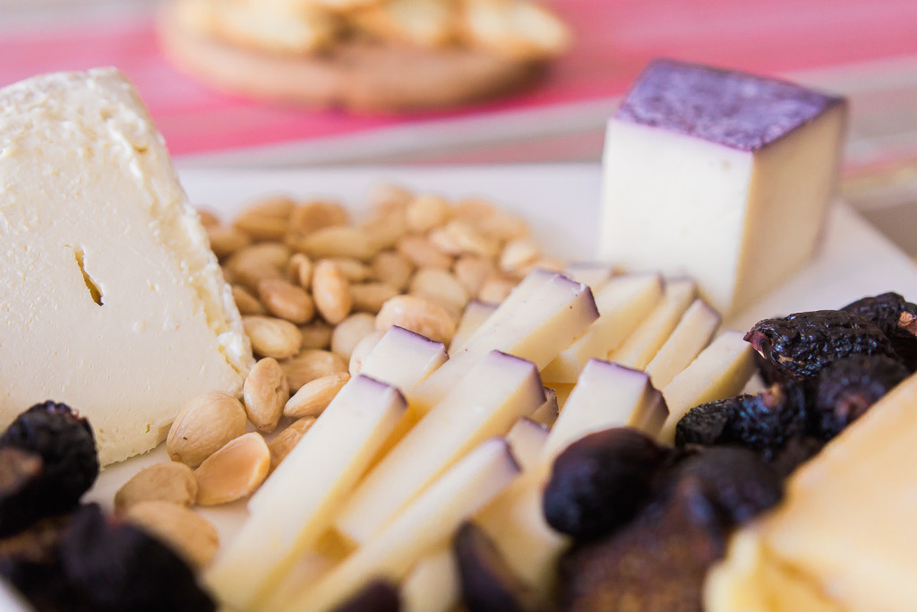 What is it about the syrah-soaked Toscano cheese that makes me want to keep eating it? An all Trader Joe's cheese plate on misscheesemonger.com.