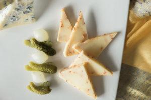 Tasting La Bottega di BelGioiosoo cheeses. By Vero Kherian for misscheesemonger.com.