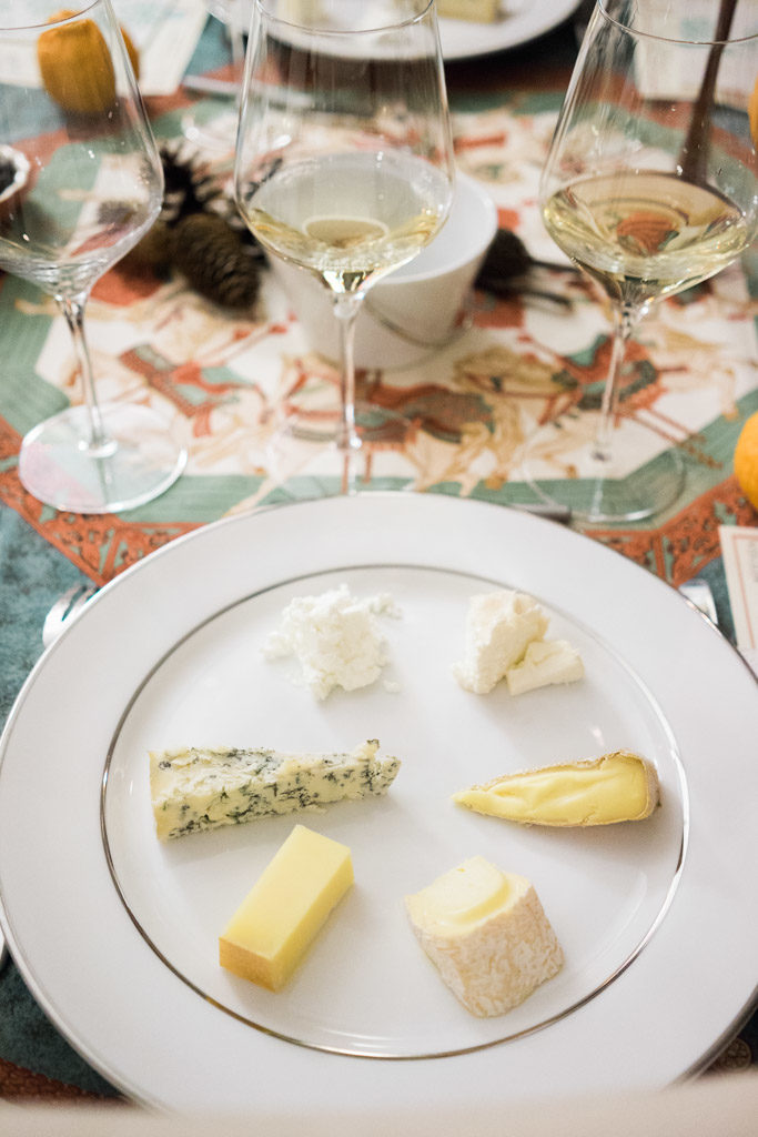 French-American holiday cheese and wine tasting session. By Vero Kherian for misscheesemonger.com.